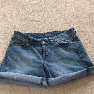 LOFT, mid-rise light jean shorts.